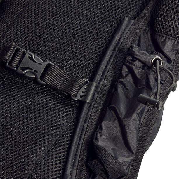 asics Lightweight Running Backpack performance black