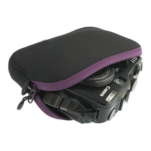 Sea to Summit Travelling Light Padded Pouch Medium berry/black berry/black