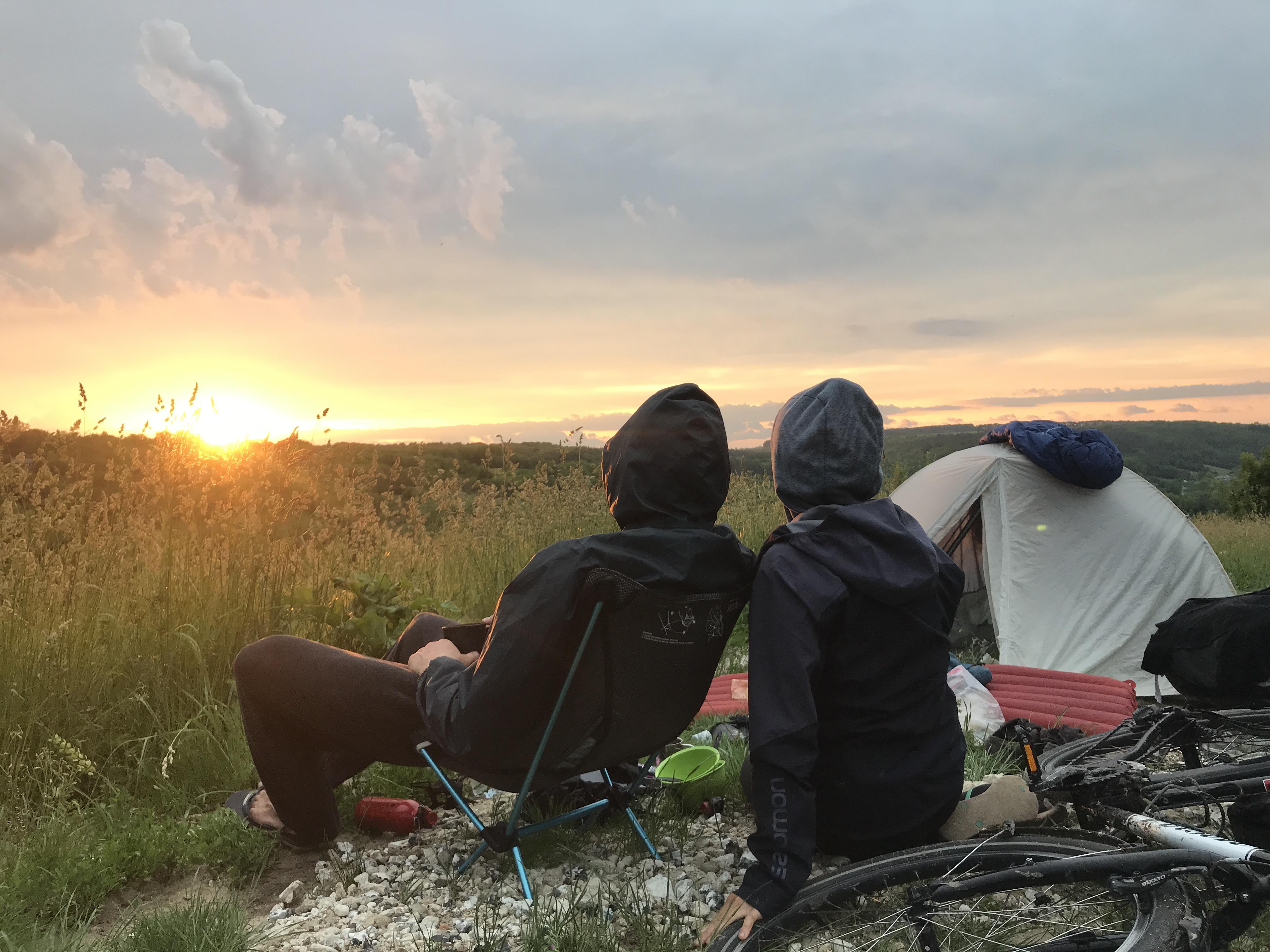 Sonnenuntergang beim Nachtlager