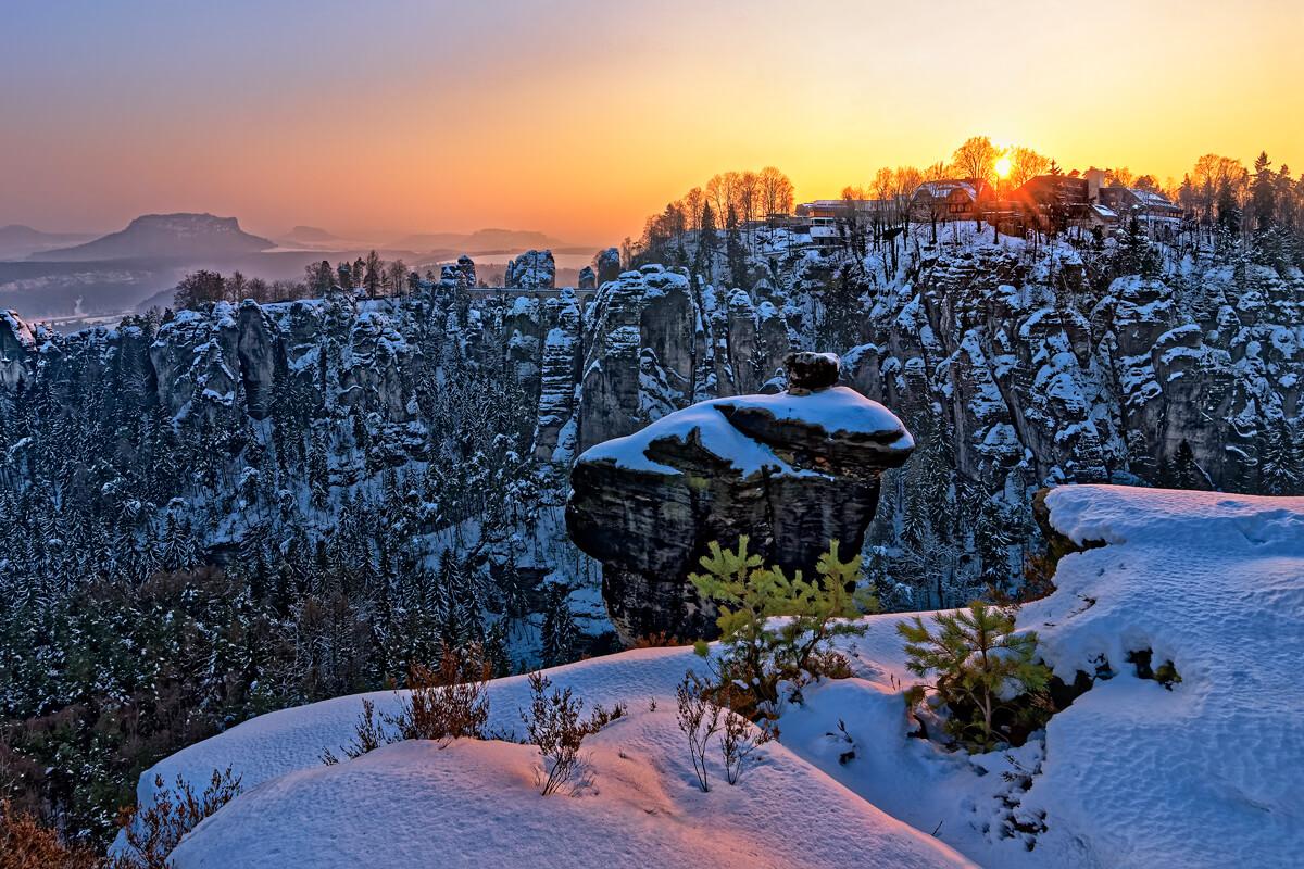 Ausblick auf die Sächsische Schweiz im Winter