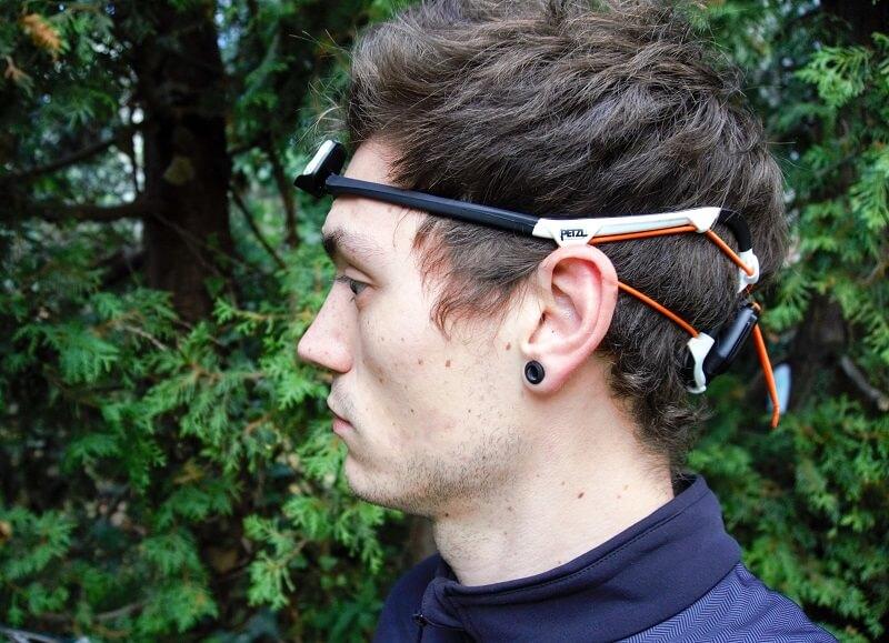Produkttest Petzl IKO Core Stirnlampe Ansicht seitlich