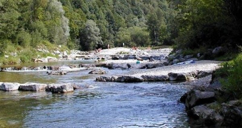 Wanderung den Fluss entlang zum Mangfallknie