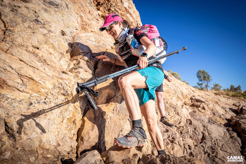 Laufen im australischen Outback - Kletterei