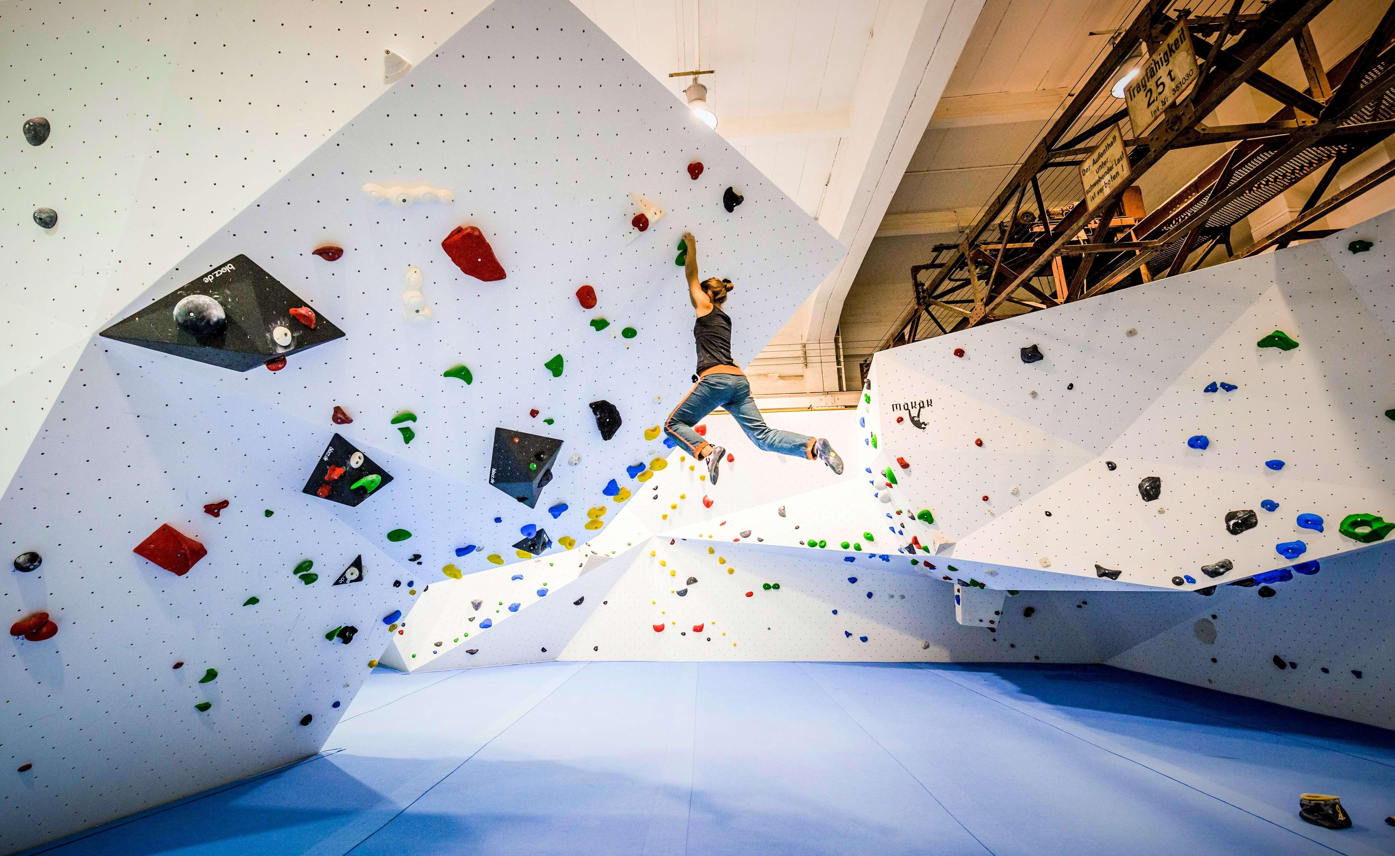 Top Boulderhalle - Boulderhalle Plan B Jena