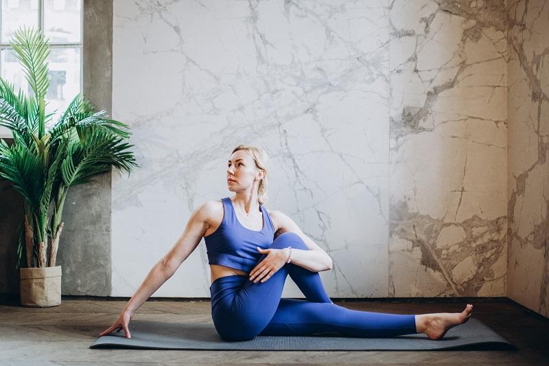 Yoga zu Hause - Drehsitz