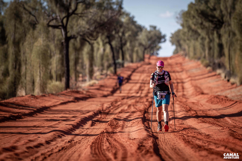 Laufen im australischen Outback - endlos rote Pisten