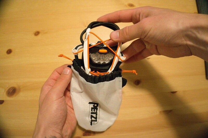 Produkttest Petzl IKO Core Stirnlampe - Faltanleitung